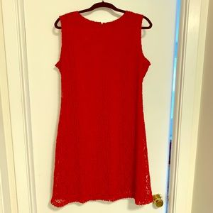 Red lace sleeveless dress